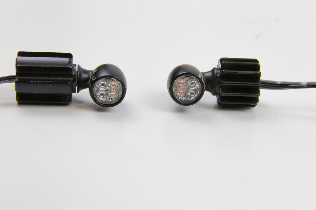 Bremslicht Bullet Atto DF Schwarz 3in1LED Rücklicht 2x Kellermänner Blinker